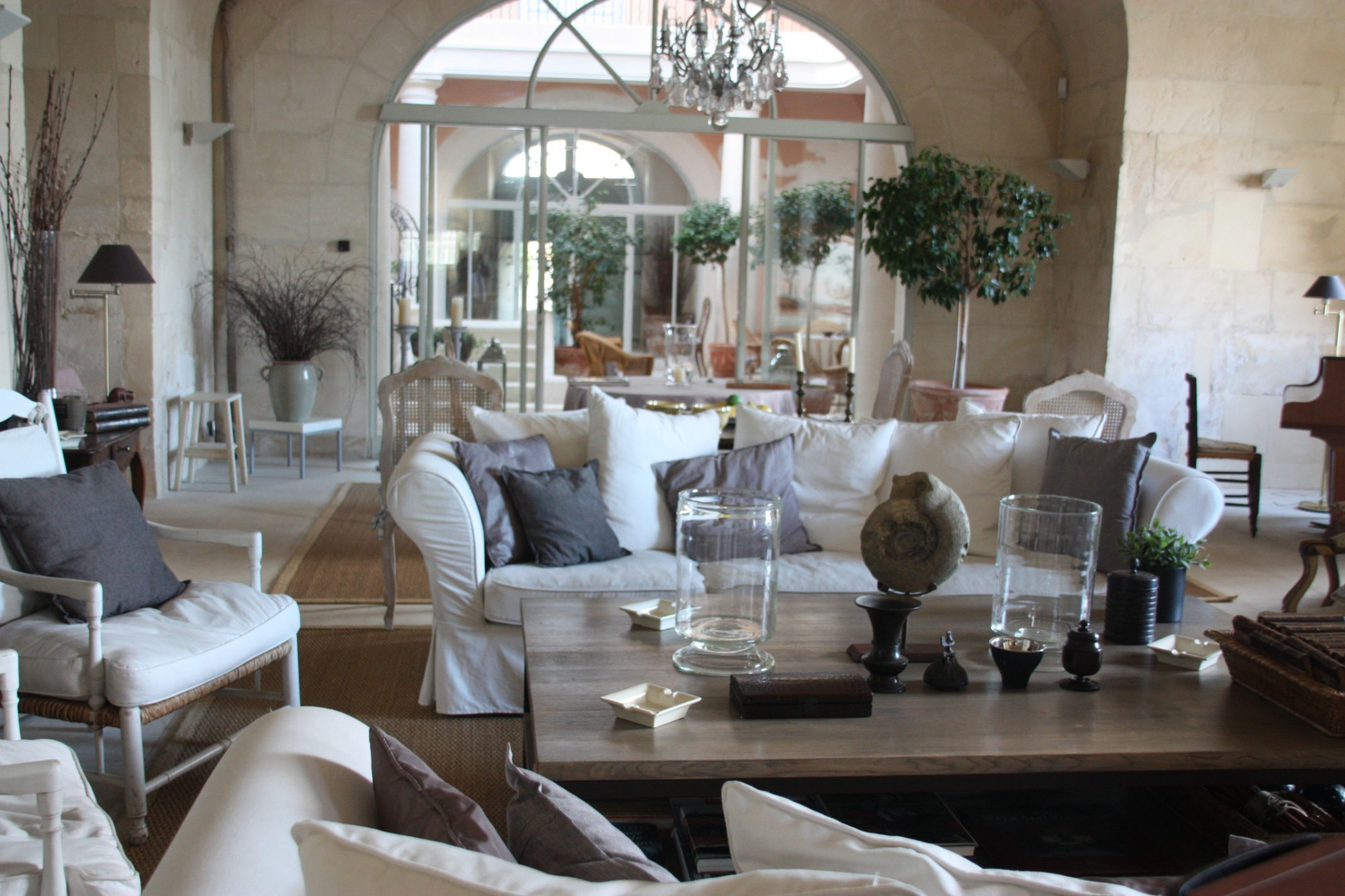 Close up d co int rieure le mas location de vacances for Decoration interieur maison provencale